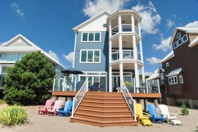 Executive's Home on the Beach. Coming soon.